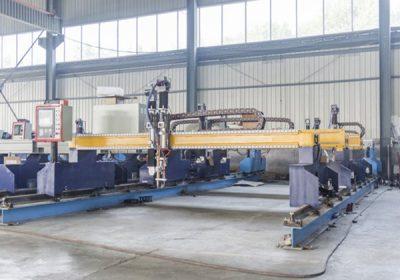 Չինաստան Jiaxin 1300 * 2500mm woking տարածք պլազմային կտրելու մեքենա մետաղական դանակ Plasma հատուկ կարգավիճակի LCD վահանակի կառավարման համակարգ