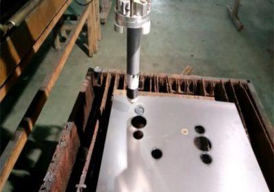 սերտիֆիկացված ամուր cnc կրակի / պլազմային կտրելու մեքենա հեշտ է գործել կայունությունը շարժական cnc պլազմային կտրելու մեքենա